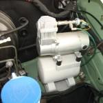 Compresseur et réservoir(dans compartiment moteur)